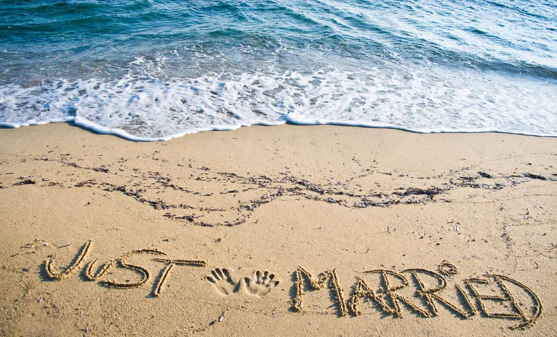 Just-Married-written-on-the-sand-at-the-beach